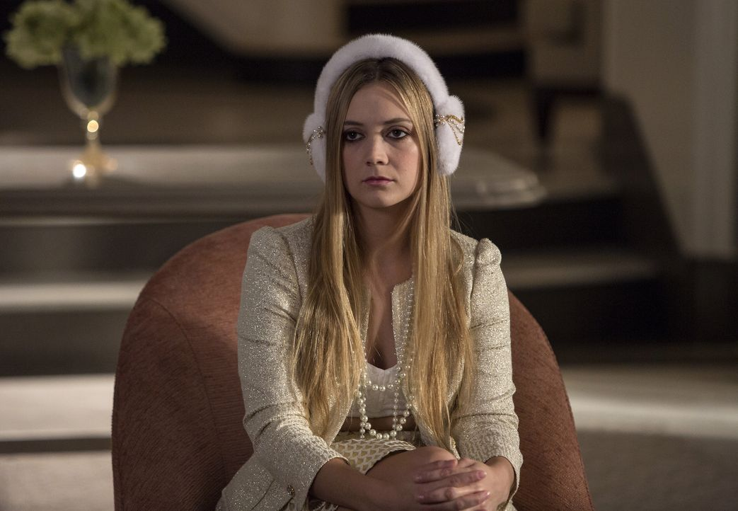 Wird Chanel #3 (Billie Lourd) ihre Beziehung zu Sam überdenken, nur weil sie Chanel nicht gefällt oder nimmt ihr der Teufel die Entscheidung ab? - Bildquelle: 2015 Fox and its related entities.  All rights reserved.