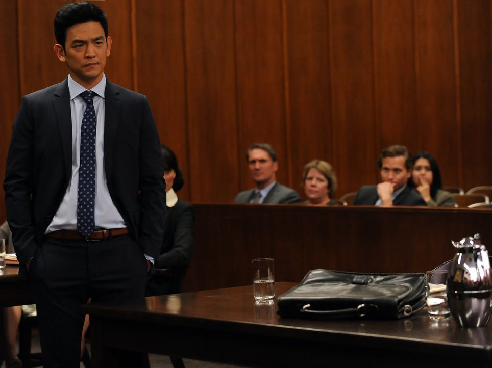 Daniel Grant (John Cho) ist geschockt, als Jess sich bei der Geschworenen Befragung alles andere als pflichtbewusst gibt. Doch warum schießt sich di... - Bildquelle: 2016 Fox and its related entities.  All rights reserved.