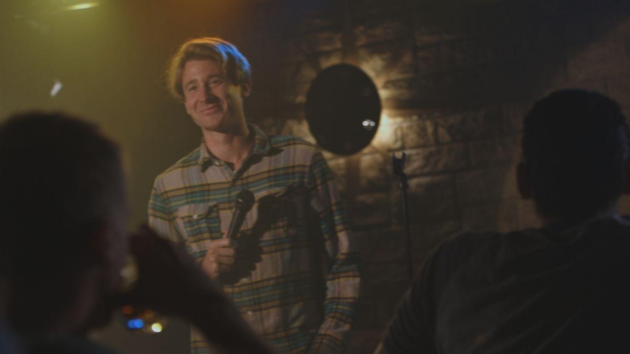 Nach einem Besuch in seiner Karaoke Bar wird Sam Lea Opfer eines grausamen Mordes ... - Bildquelle: LMNO Cable Gr