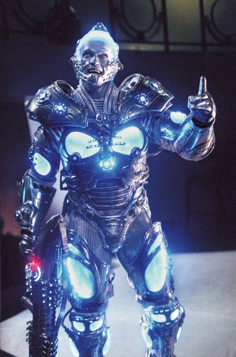 Mr. Freeze (Arnold Schwarzenegger) will erst Gotham City und dann die ganze Welt einfrieren. - Bildquelle: Warner Bros. Pictures