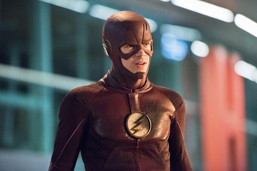 Barry alias The Flash (Grant Gustin) entschließt sich dazu, sich Zoom entgegenzutreten. Doch nicht alle in seinem Team halten das für die richtige E... - Bildquelle: 2015 Warner Brothers.