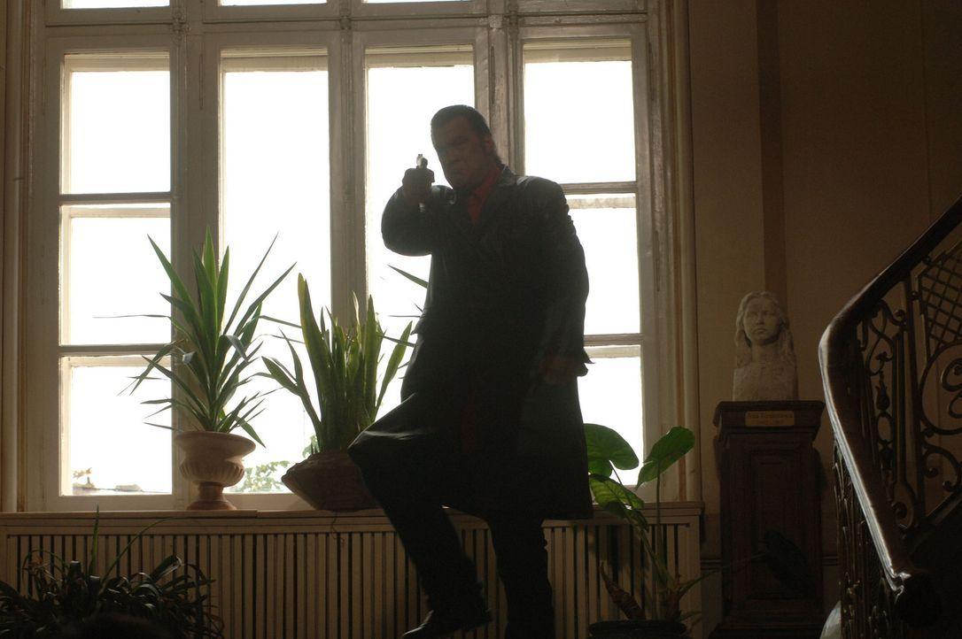 Fürchtet weder Tod noch Teufel: Spezialagent Jack Foster (Steven Seagal) ... - Bildquelle: 2006 Micro Fusion 2005-1 LLP. All rights reserved.