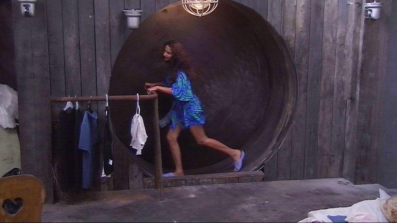 Schill duscht unten Janina2
