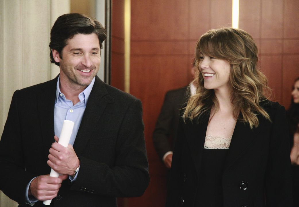 Treffen eine Entscheidung, die ihr Leben komplett verändern wird: Meredith (Ellen Pompeo, r.) und Derek (Patrick Dempsey, l.) ... - Bildquelle: ABC Studios