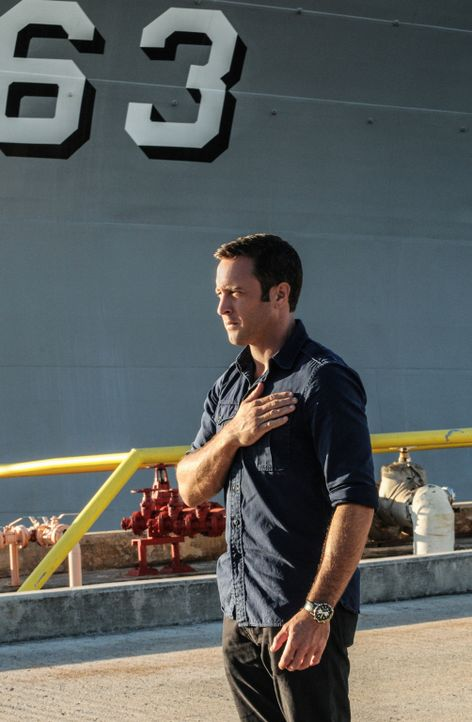 Ein Mordversuch auf einen ehemaligen Kriegsveteranen führen Steve McGarrett (Alex O'Loughlin) zu den Spuren seines Großvaters ... - Bildquelle: 2013 CBS BROADCASTING INC. All Rights Reserved.