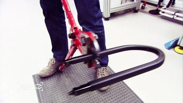 abenteuer leben video das sicherste fahrradschloss der. Black Bedroom Furniture Sets. Home Design Ideas
