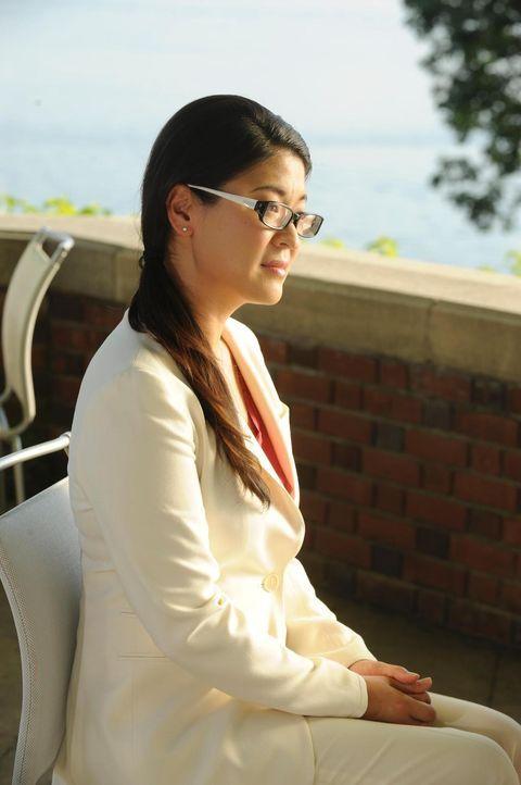 Bewirbt sich auf Divyas Job bei HankMed: Alice Lim (Jennifer Lim) - Bildquelle: Universal Studios