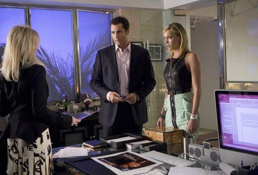 Melrose Place - Ihrem Chef Caleb (Victor Webster, M.) konnte Ella (Katie Cass...