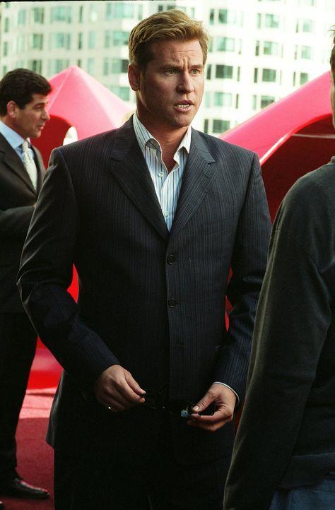Der ruppige Privatschnüffler Perry van Shrike (Val Kilmer) ist skrupellos, gnadenlos tough und schwul - eine gefährliche Kombination ... - Bildquelle: 2015   Warner Brothers
