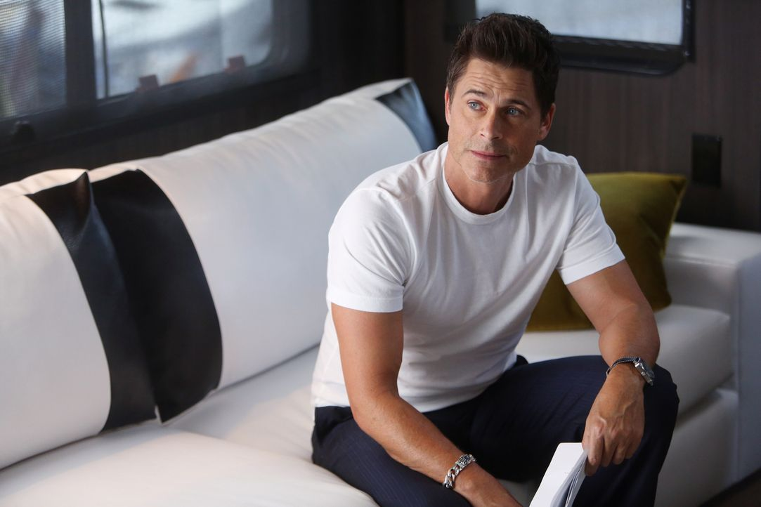 Warum wurde Deans (Rob Lowe) Serie damals wirklich eingestellt? - Bildquelle: 2015-2016 Fox and its related entities.  All rights reserved.