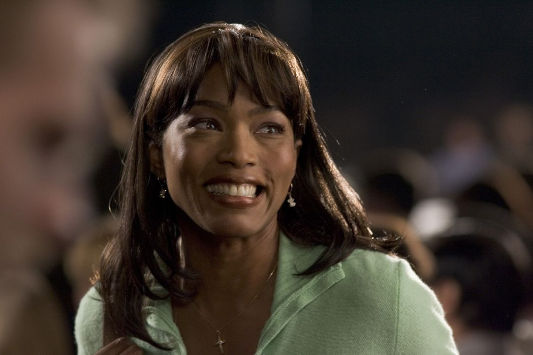 Erst spät erkennt Tanya (Angela Bassett), dass ihre Tochter ein ganz besonders tüchtiges Mädchen ist ... - Bildquelle: Copyright   2006 Lions Gate Films Inc. and 2929 Productions LLC. All Rights Reserved.