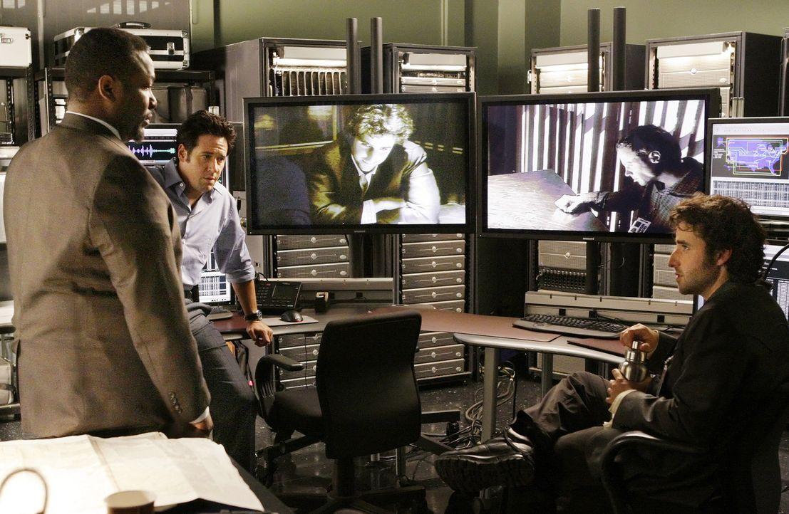 Ein neuer Fall bereitet William Bradford (Wendell Pierce, l.), Don (Rob Morrow, M.) und Charlie (David Krumholtz, r.) Kopfzerbrechen ... - Bildquelle: Paramount Network Television