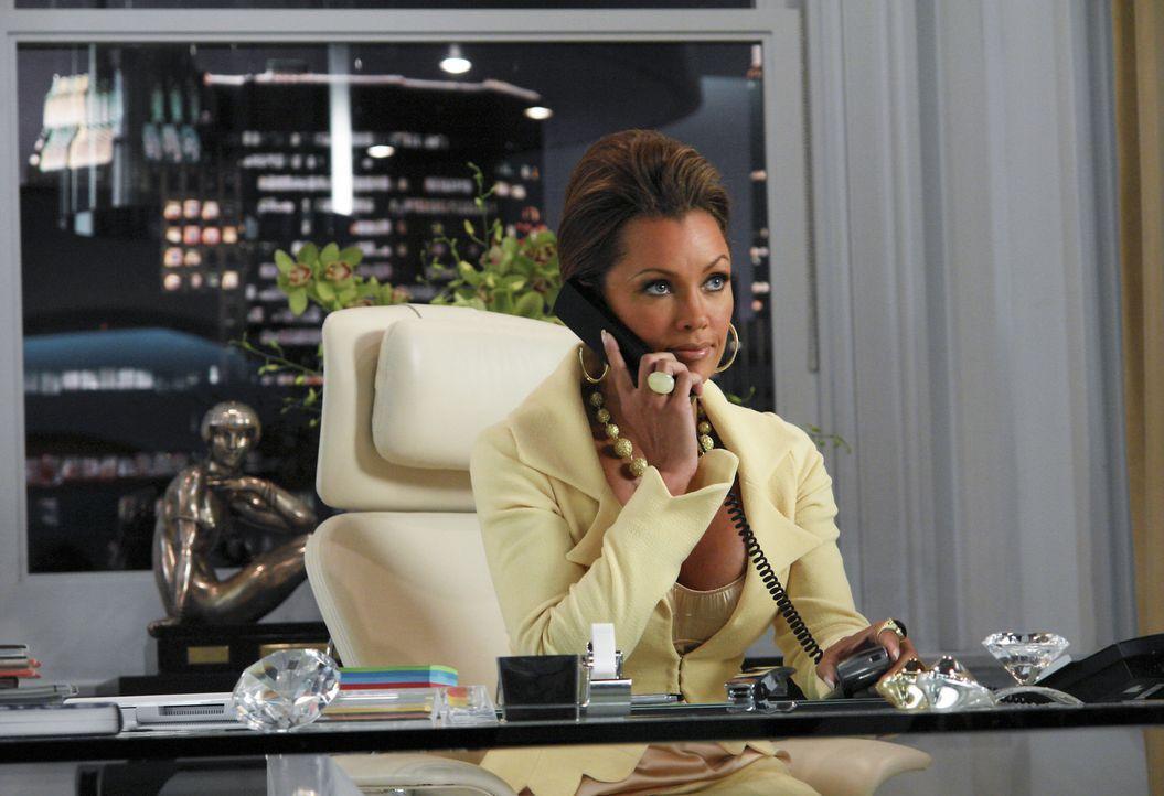 """Wilhelmina (Vanessa Williams) versucht den Schuldigen, der Informationen an das """"Isabella Magazine"""" weitergegeben hat, zu finden ... - Bildquelle: Buena Vista International Television"""