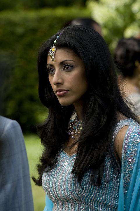 Divya Katdare (Reshma Shetty) wird ständig von Zweifeln geplagt, ob sie wirklich das Richtige tut ... - Bildquelle: USA Network