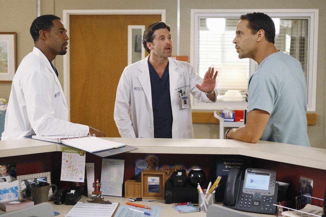 Ben (Jason George l.) und Eli (Daniel Sunjata, r.) geraten in einen Streit - kann Derek (Patrick Dempsey, M.) zwischen ihnen vermitteln? - Bildquelle: ABC Studios