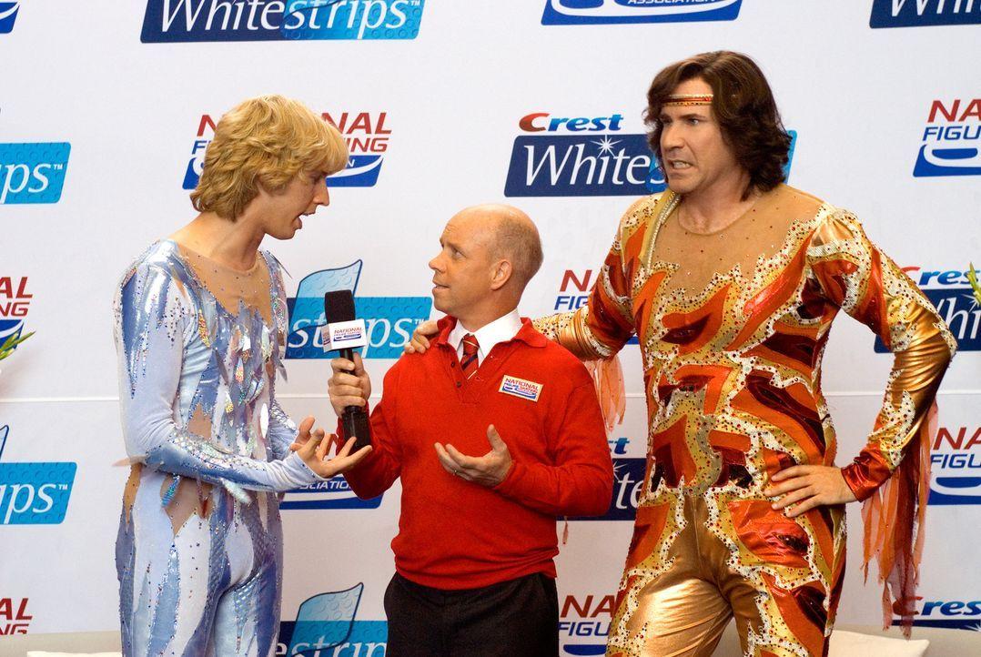 Als die Rivalen Chazz (Will Ferrel, r.) und Jimmy (Jon Heder, l.) wegen einer Prügelei vom Eiskunstlauf gesperrt werden, verbünden sich,  um im Pa... - Bildquelle: 2007 DREAMWORKS LLC. All Rights Reserved.