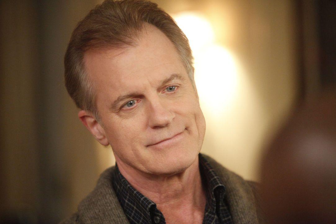 Macht Addison und ihre Freunde für den Tod von Bizzy verantwortlich: der Captain (Stephen Collins) ... - Bildquelle: ABC Studios