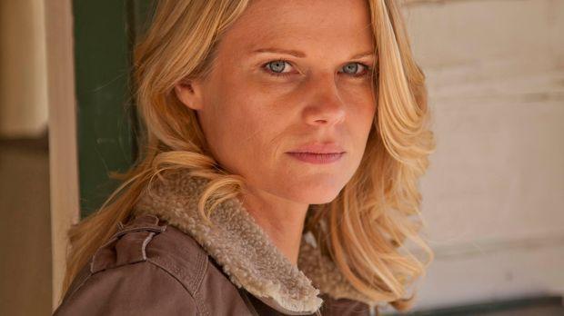 Der Feind kommt direkt auf sie zu: Kann sich Ava Crowder (Joelle Carter) rech...