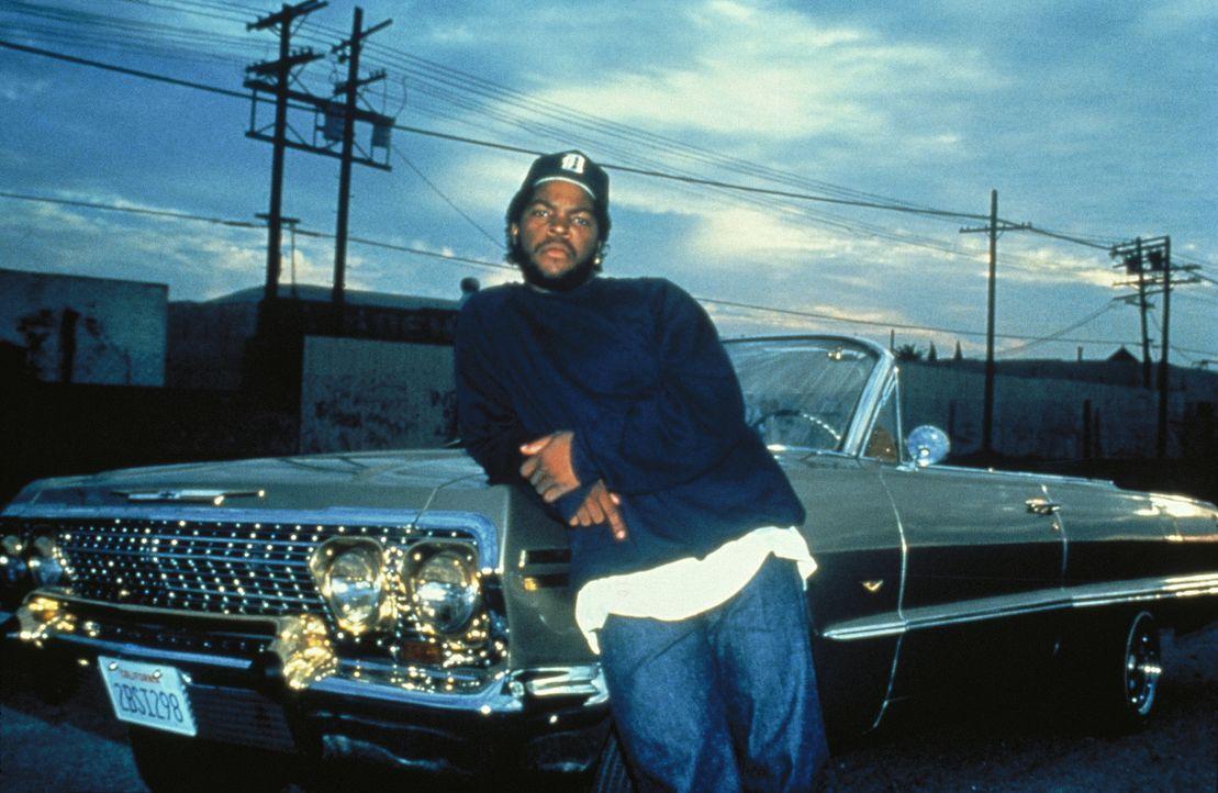 """Dough Boy (Ice Cube) möchte den Tod seines Freundes nach dem Prinzip """"Auge um Auge, Zahn um Zahn"""" rächen ... - Bildquelle: Columbia Pictures"""
