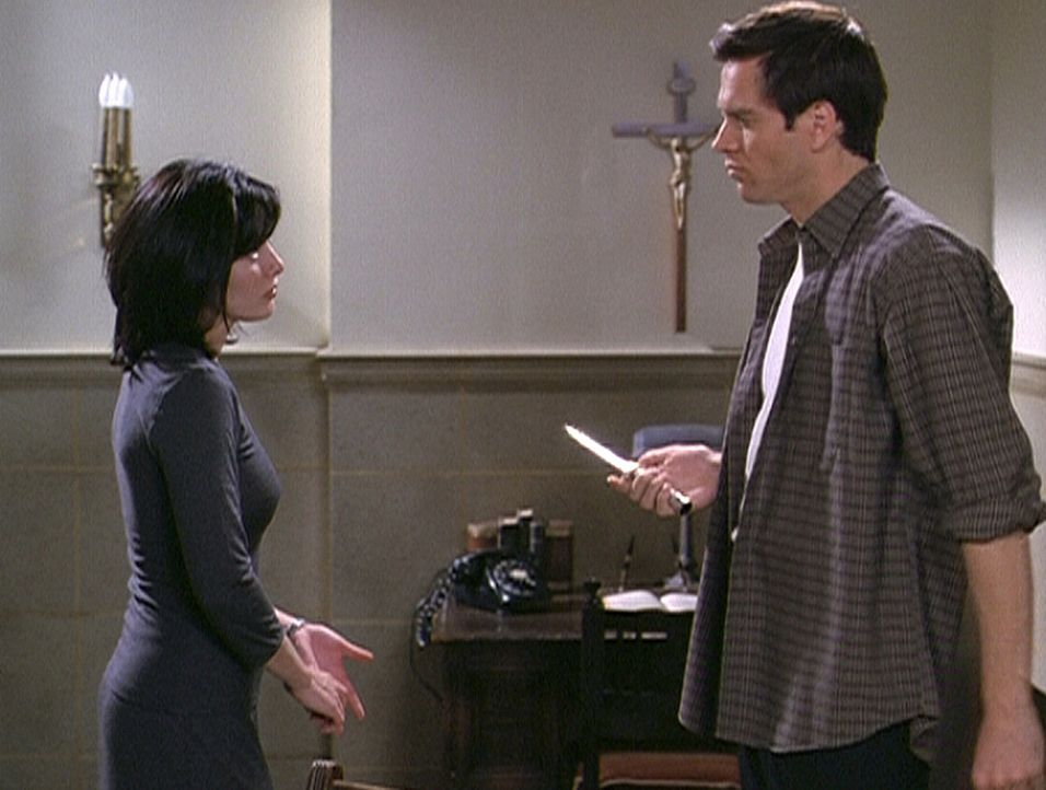 Brendan (Shawn Christian) steht vor einer schweren Entscheidung: Tötet er Prue (Shannen Doherty), dann ist der Kampf gegen das Böse in ihm endgül... - Bildquelle: Paramount Pictures