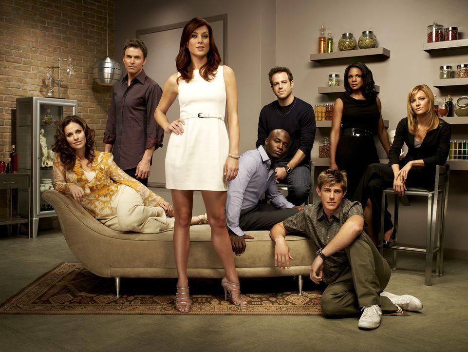 (2. Staffel) - Private Practice: William Dell Parker (Chris Lowell, 3.v.r.), Dr. Charlotte King (KaDee Strickland, r.), Dr. Violet Turner (Amy Brenn... - Bildquelle: ABC Studios