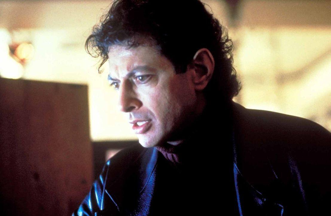Seit seiner wundersamen Genesung wird der Familienvater Hatch Harrison (Jeff Goldblum) von grauenvollen Visionen geplagt. - Bildquelle: TriStar Pictures