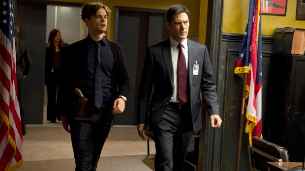 Ein neuer Fall wartet auf Hotch (Thomas Gibson, r.) und Reid (Matthew Gray Gu...