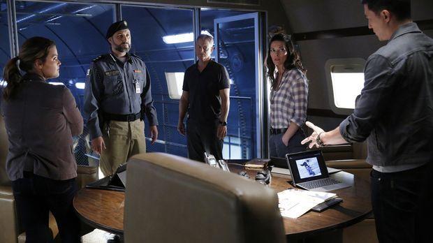 Criminal Minds: Beyond Borders - Criminal Minds: Beyond Borders - Staffel 2 Episode 9: Der Hinterhalt