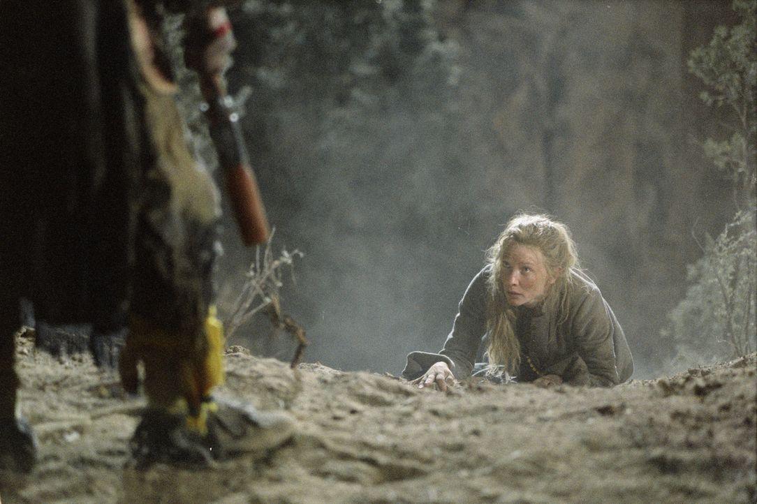 Eines Tages wird Maggies (Cate Blanchett) Tochter Lilly von einem psychopathischen Mädchenhändler entführt. Ein gnadenloser Wettlauf mit der Zeit be... - Bildquelle: 2004 Sony Pictures Television International. All Rights Reserved.
