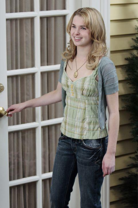 Kein Wunder, dass sie so strahlt. Amanda (Kirsten Prout) ist nach ihrem ersten Kuss mit Kyle überglücklich ... - Bildquelle: TOUCHSTONE TELEVISION