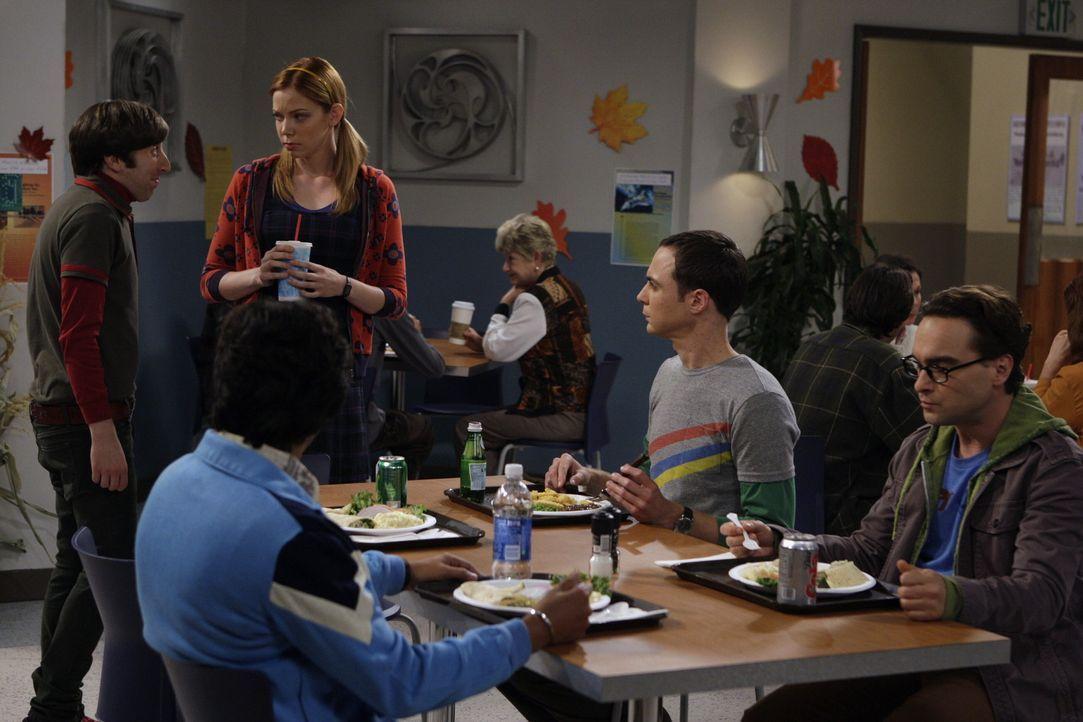 Nach und nach übernimmt Ramona (Riki Lindhome, 3.v.l.) die Führung über Sheldons (Jim Parsons, 2.v.r.) Leben. Sie bestimmt, mit wem er sich triff... - Bildquelle: Warner Bros. Television