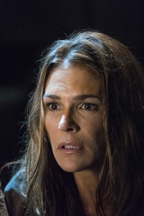 Abby (Paige Turco) - Bildquelle: Michael Courtney 2018 The CW Network, LLC. All rights reserved./Michael Courtney