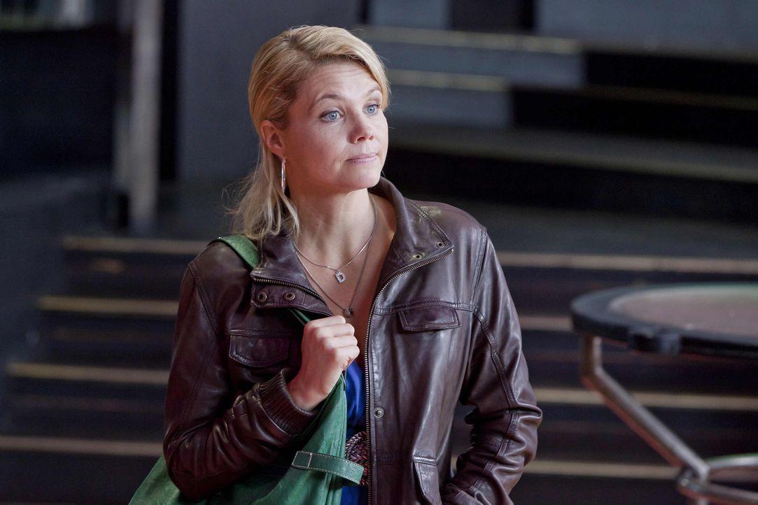 Ein Fall jagt den nächsten: Danni (Annette Frier) legt sich für ihre neue Mandantin, Beas Cousine Melli, mächtig ins Zeug ... - Bildquelle: Frank Dicks SAT.1