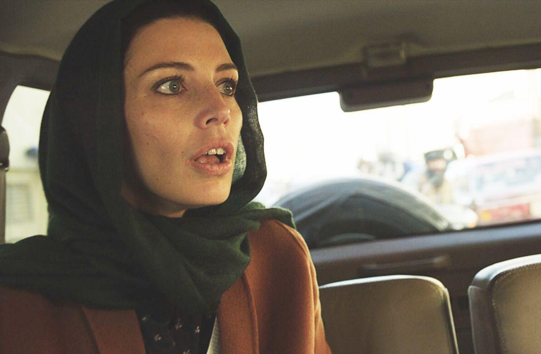 Als sich Mandy (Jessica Paré) alleine auf eine Mission begibt, wird sie entführt und gerät in große Gefahr ... - Bildquelle: 2018 CBS Broadcasting, Inc. All Rights Reserved.