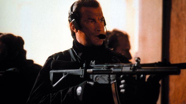 Nur einer kann die Terroristen unschädlich machen: Lt. Colonel Austin Travis...