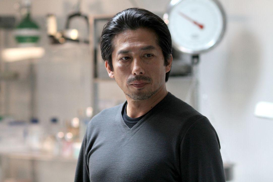 Welche Pläne hat Dr. Hatake (Hiroyuki Sanada) mit Dr. Walker? - Bildquelle: 2014 Sony Pictures Television Inc. All Rights Reserved.