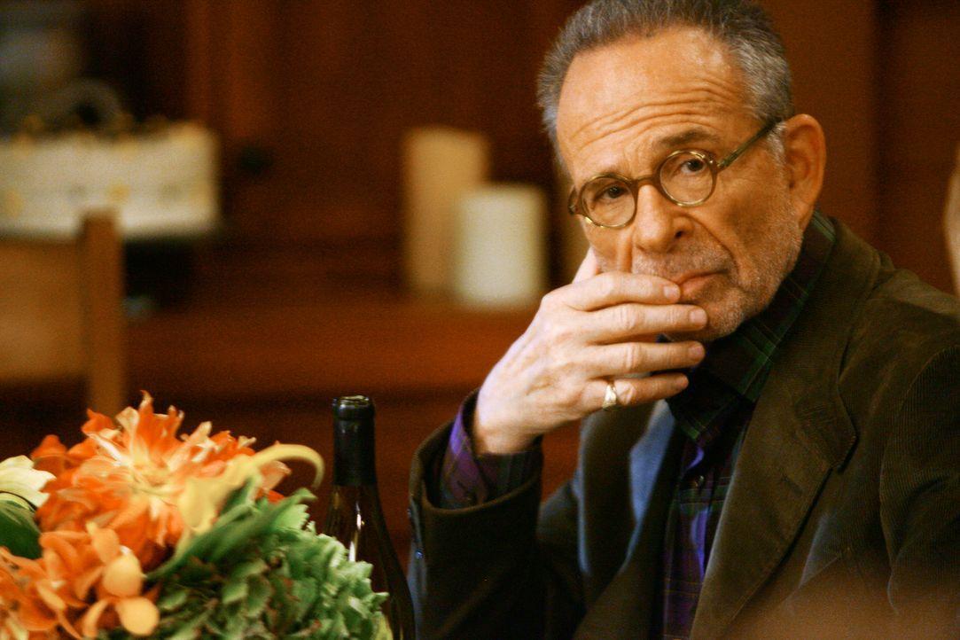 Wird mit einem Mitglied der Anonymen Alkoholiker verkuppelt: Saul (Ron Rifkin) ... - Bildquelle: 2008 ABC INC.