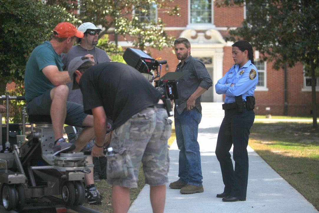 Under The Dome - Behind The Scenes - Bild vom Set der Serie28 - Bildquelle: CBS Television
