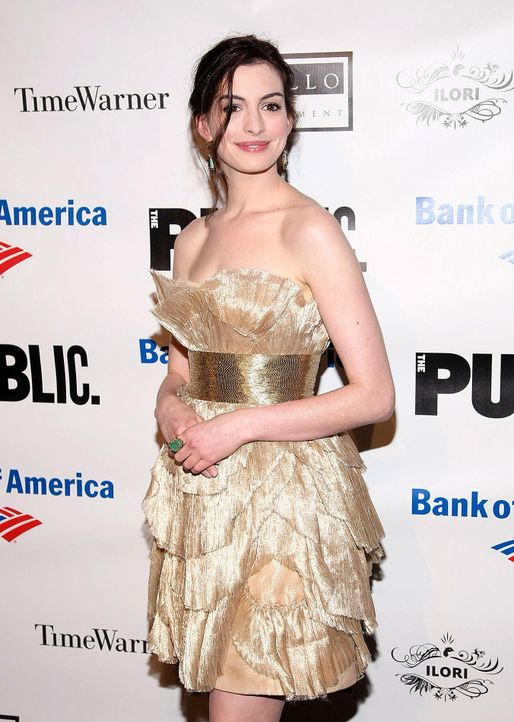 anne-hathaway-09-06-25-getty-afpjpg 1353 x 1900 - Bildquelle: getty-AFP