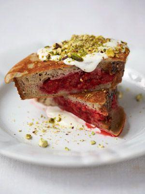 Jamies Super Food: Arme Ritter mit Beeren, Pistazien, Joghurt, Honig, Zimt -...