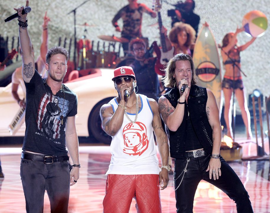 Teen-Choice-Awards-Nelly-Florida-Georgia-Line-13-08-11-getty-AFP.jpg 1800 x 1420 - Bildquelle: getty-AFP