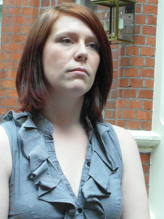 Die 27-jährige Illustratorin und Verkäuferin Kate ist eine von den vielen Singles in Großbritannien. Wird Wan Gok daran etwas ändern können? - Bildquelle: Warner Bros. Entertainment, Inc.