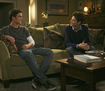 The Secret Life Of The American Teenager - Ricky (Daren Kagasoff, l.) und Ben...