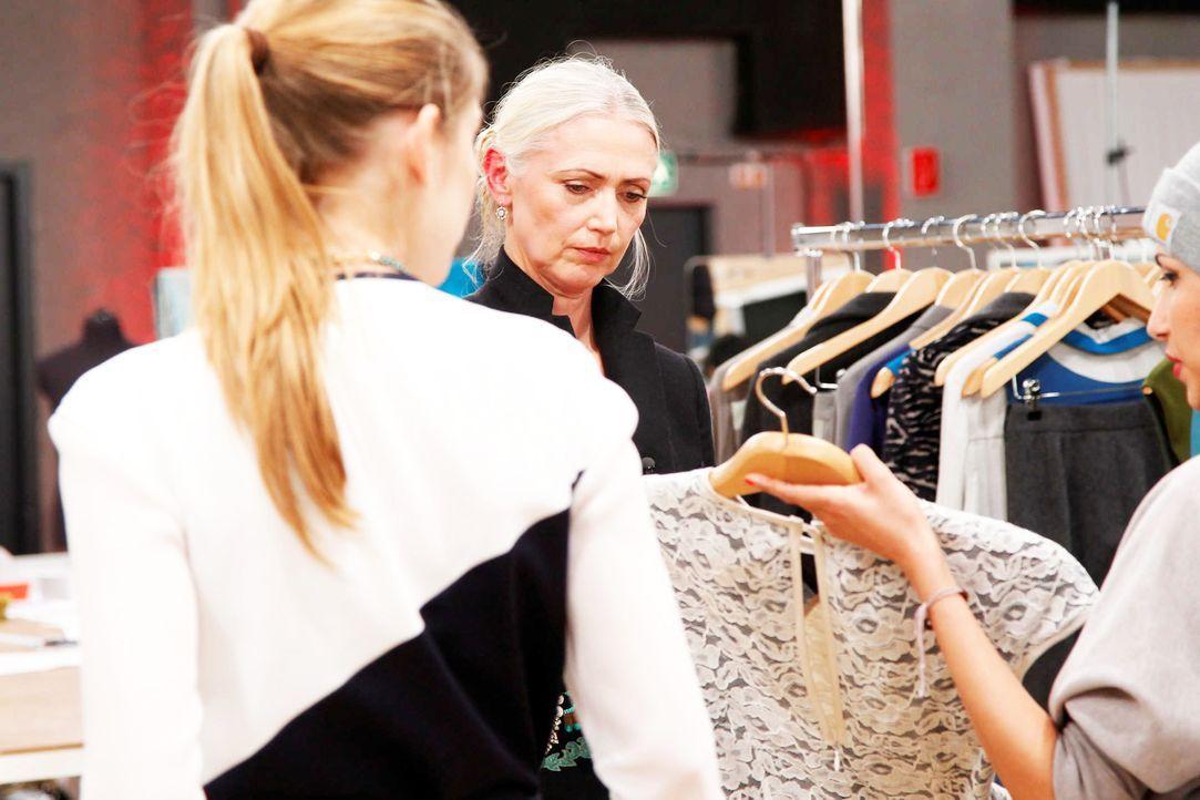 Fashion-Hero-Epi06-Atelier-04-Richard-Huebner - Bildquelle: Richard Huebner