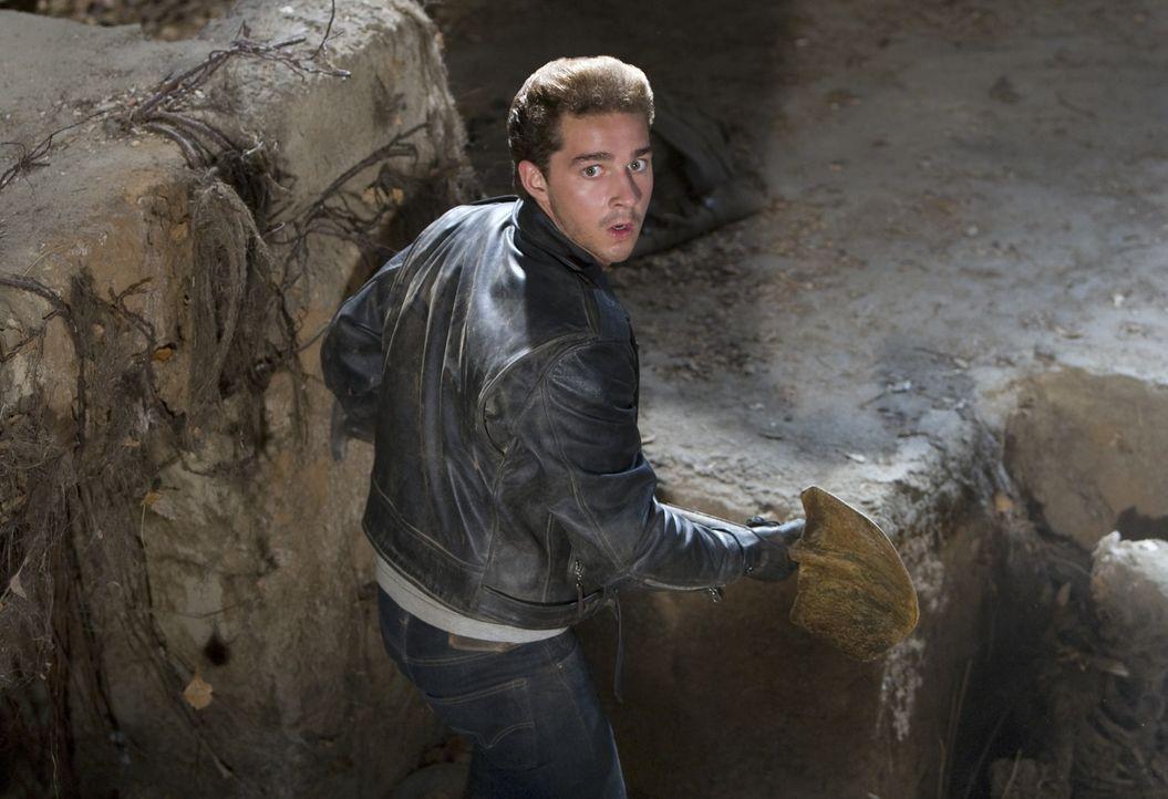 Gemeinsam mit Indiana Jones will Mutt (Shia LaBeouf) seine Mutter und Professor Oxley retten. Ein spannendes Abenteuer in Peru beginnt ... - Bildquelle: David James & TM 2008 Lucasfilm Ltd. All Rights Reserved.