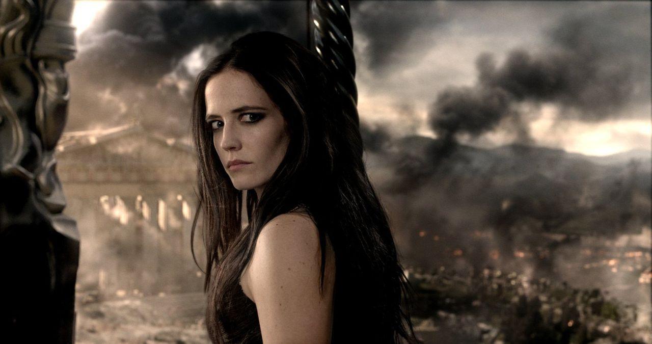 Xerxes, der König der Perser, entsendet Artemisa (Eva Green), eine griechischstämmige enge Vertraute und Beraterin, in die Schlacht gegen Athen, um... - Bildquelle: 2014 Warner Bros. Entertainment, Inc.