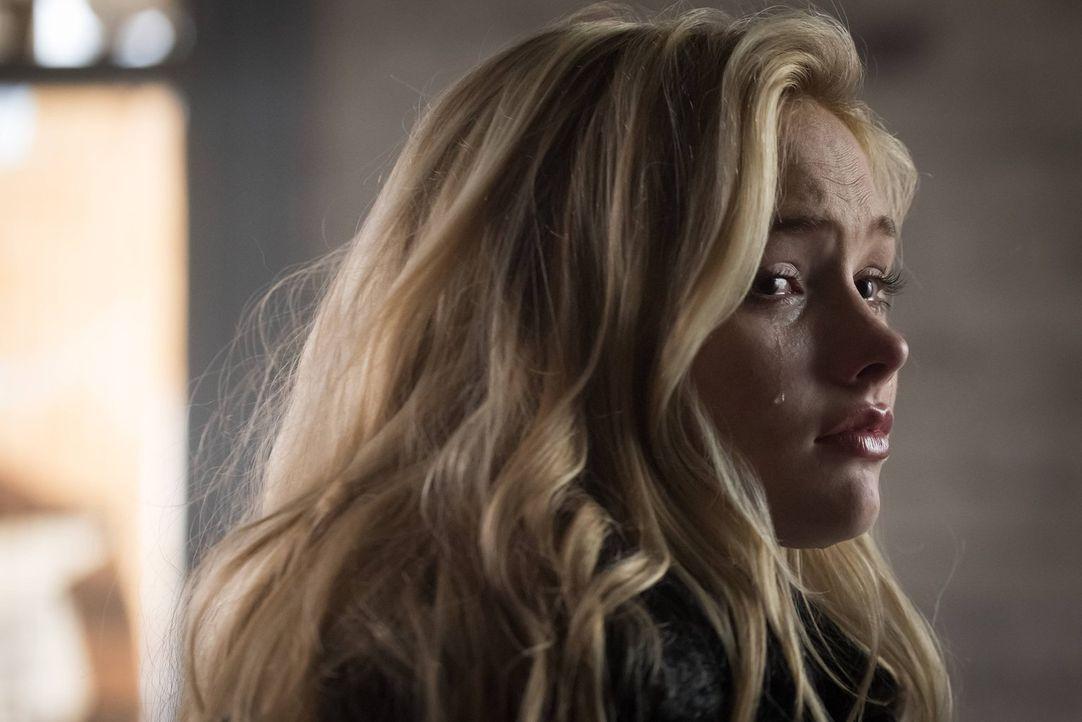 Um von Silver (Natalie Alyn Lind) den Namen von dem Mörder von Bruce Eltern zu bekommen, hecken Bruce und Selina einen Plan aus. Doch wird der aufge... - Bildquelle: Warner Brothers