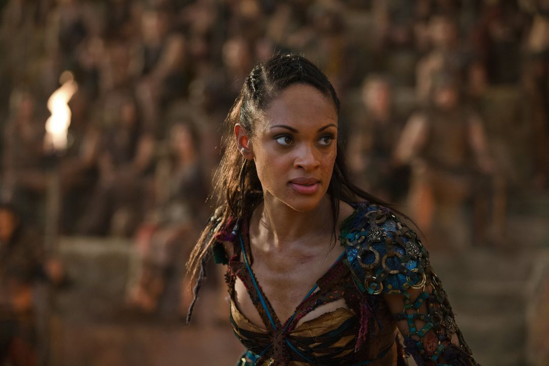 Mit einer List gelingt es Spartacus, Tiberius zu entführen. Welch ein Leckerbissen für die Rachegöttin Naevia (Cyntha Addai-Robinson) ... - Bildquelle: 2012 Starz Entertainment, LLC. All rights reserved.