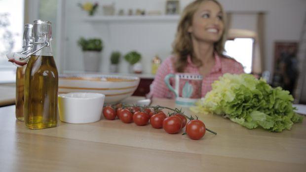 Aus den verschiedensten Zutaten probiert Giada ein paar leckere Snacks für ei...