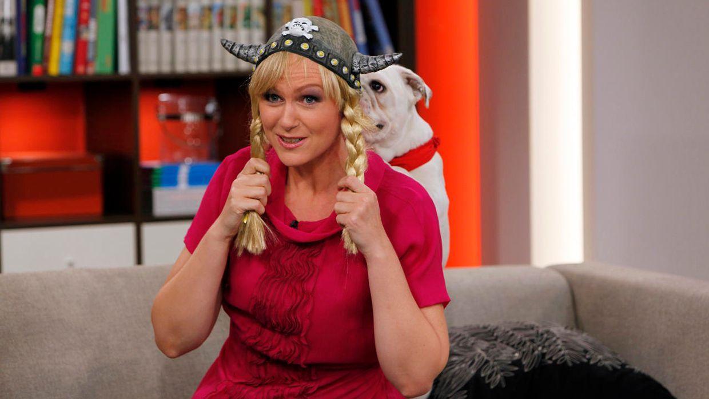 fruehstuecksfernsehen-studiohund-lotte-in-action-im-studio-001 - Bildquelle: Ingo Gauss